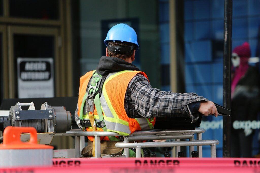 construction worker 569126 1280